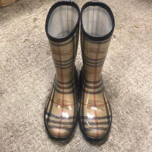 Burberry rain boots US women's size 6